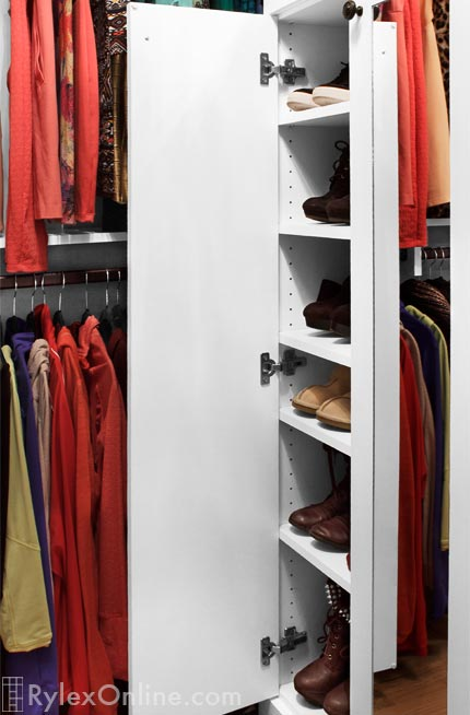 Master Walkin Closet | Mirrored Doors | Sloatsburg