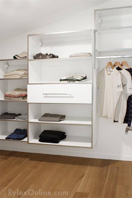 Teen Closet with Drawer