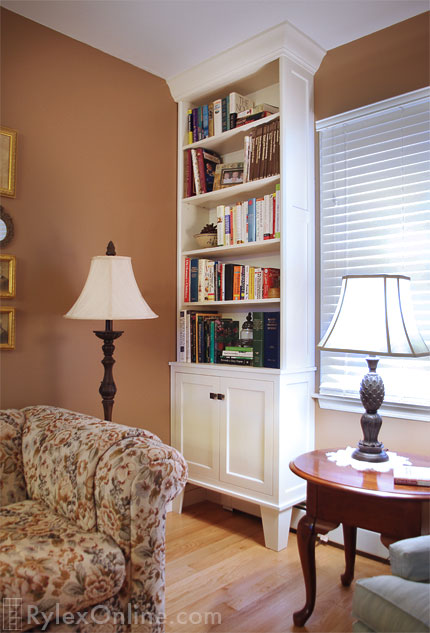 Bookcase with Crown Moulding