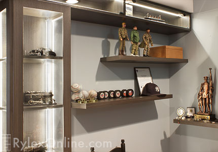 Exceptionnel Display Cabinet For HO Train Collection ...