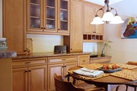 Home office built in desks office storage yorktown ny for Kitchen cabinets yorktown ny